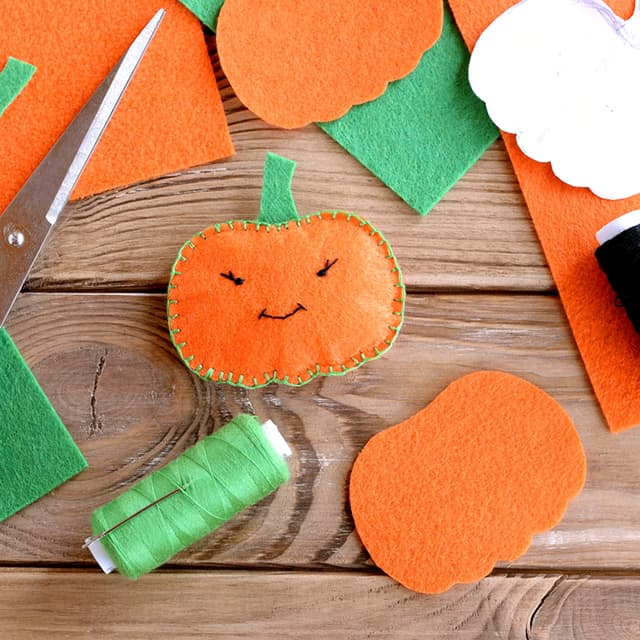 felt pumpkin thanksgiving decoration