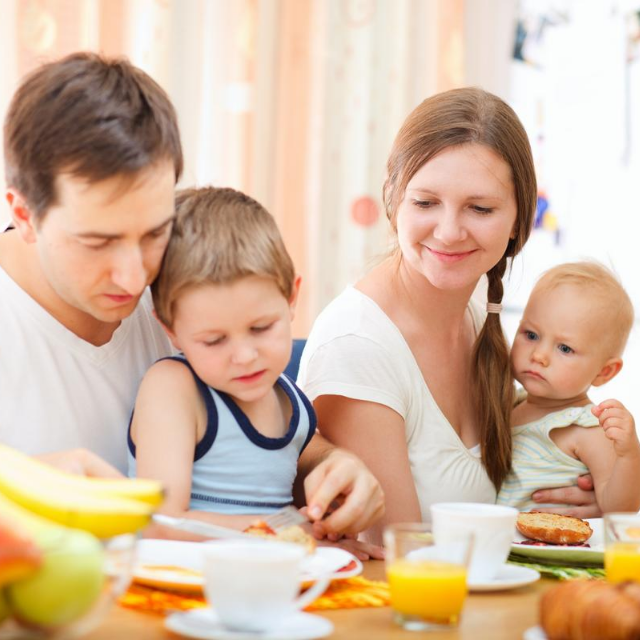 Teaching Home Routines: Family Meals